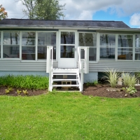 LAKESIDE COTTAGE – 3 BEDROOM